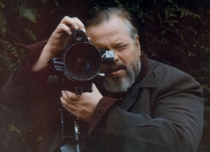 Welles shooting 6a01053653b3c7970b0120a76d3491970b-800wi