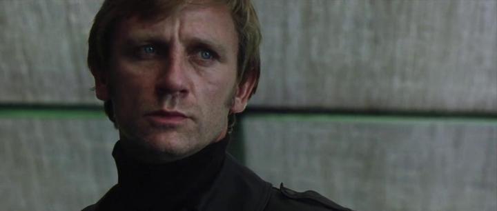 Muchich - Daniel Craig