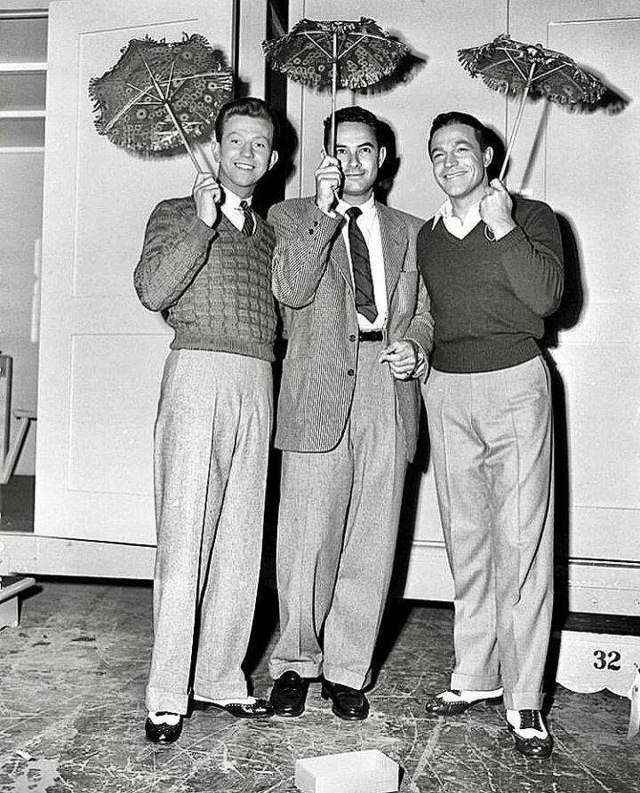 Singin in the Rain - O'Conner, Donen and Kelly